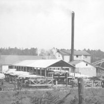 Image of 1940 - Omanique Lumber Company Sawmill, Potter Creek