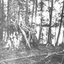 Image of 1305 - Group from Northway Lodge, at Hilliard Lake
