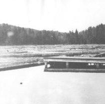 Image of 1320 - Log boom, Smoke Lake.