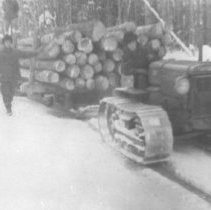 Image of 1338 - Transporting logs by sleigh.