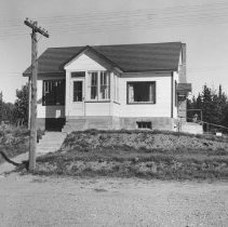 Image of 1363 - Harold Haines house, Cache Lake.