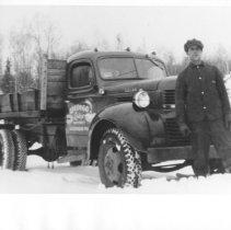 Image of 1676 - Opeongo Lodge truck.