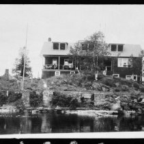 Image of 1922 - New Mowat Lodge.