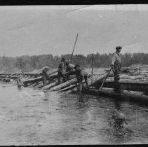 Image of 1877 - Building a dam on the Madawaska River at the Flat Rapids.