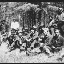 Image of 1896 - Canadian Splint Drive Crew.