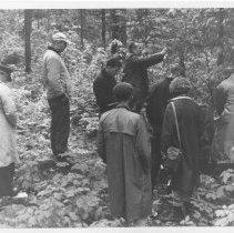 Image of 1940 - Interpretive workshop, Sibley Provincial Park.