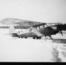 Image of 2344 - Aircraft on ice.