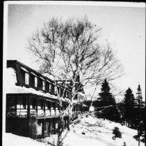 Image of Highland Inn.