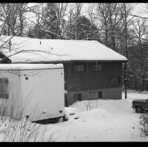 Image of 2576 - Museum portable unit and staffhouse.