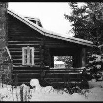 Image of 2598 - Farley cottage, Canoe Lake.
