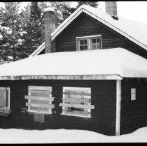 Image of 2603 - Farley cottage.