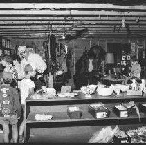 Image of 2692 - Indian Craft Centre at Tea Lake Dam.