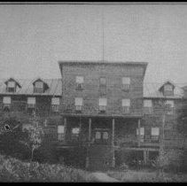 Image of 2823 - Hotel Algonquin, Joe Lake.