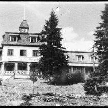 Image of 2843 - Highland Inn, Cache Lake.