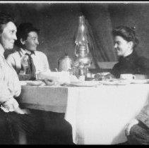 Image of 2881 - Dinner at the Highland Inn.