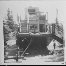 Image of 2927 - Alligator at the Pioneer Logging Exhibit.