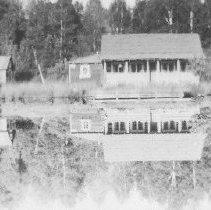 Image of 2947 - George Rowe's cottage, Joe Lake.