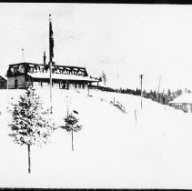 Image of 3000 - Highland Inn, Cache Lake.