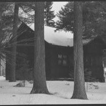 Image of 3403 - Ministry of Natural Resources cabin at the Shall Lake access point