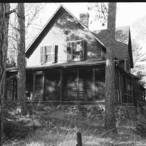 Image of 3410 - One of the original Gilmour buildings on Pirie's Island