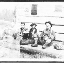 Image of 3560 - Photograph of Rangers