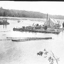Image of 1978.6.4 - Log Drive at the North End of Gull Lake