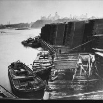 Image of 4280 - Loading Barges With Lumber