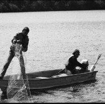 Image of 4433 - Lake survey crew at work, 1977.