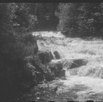 Image of 4597 - The lower half of Crooked Chute on the Bonnechere River