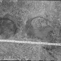 Image of 4617 - Artifacts on the McGuey farm at Bridgedam