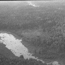 Image of 8 Aug. 1977 - McIntyre farm on the Bonnechere River
