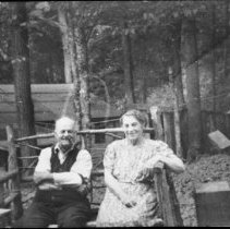 Image of 4835 - Ken and Emma Unger at their cottage on Cache Lake