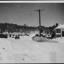 Image of 5213 - Kiosk, railway station, 1965.