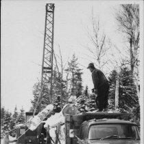 Image of 5220 - A mechanical loader
