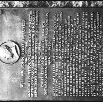 Image of 5343 - Plaque to Dr. Harkness.