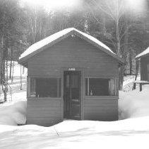 Image of 5368 - Staff cabin, Canoe Lake.
