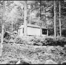 Image of 5453 - The fish lab sleeping cabin.