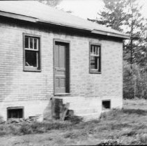 Image of 5501 - Unidentified building, Stonecliffe?