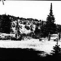Image of 5624 - Old lumber camp, perhaps between Cache Lake and Lake of Two Rivers.