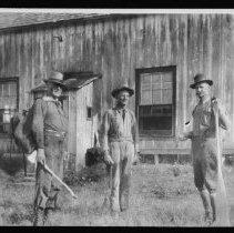 Image of 5691 - The big house at Basin, 1936. L. to R. - John Joe Turner, Charlie Brewer, Sam Sunstrum.