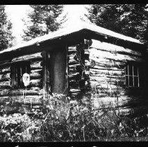 Image of 5773 - The ranger cabin at Hurdman Creek, October 1980.