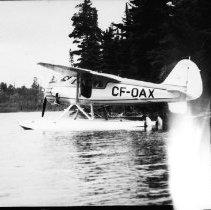 Image of plane CF-OAX