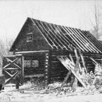 Image of 6107 - Garage under restoration at Basin Depot