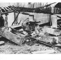 Image of 1930 - Opeongo Lodge burned.
