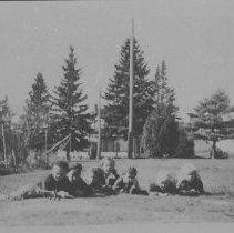 Image of 6503 - Cache Lake school kids