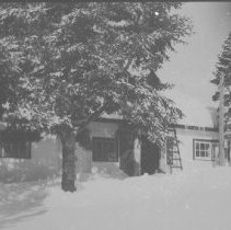 Image of 6506 - Park office at Cache Lake