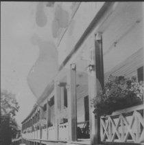 Image of 6520 - Highland Inn verandah