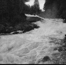 Image of 6533 - Ragged Falls