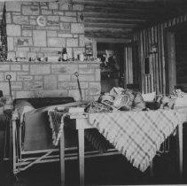Image of September 17, 1944 - Ne-ow-notin Island, Cedar Lake.