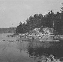 Image of September 19, 1944 - Ne-ow-notin Island, Cedar Lake